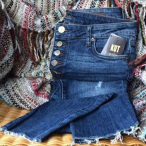NWT Kut From The Kloth High Rise Frayed Ankle Jean